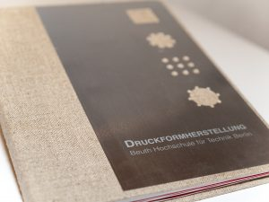 Buchcover Druckformherstellung